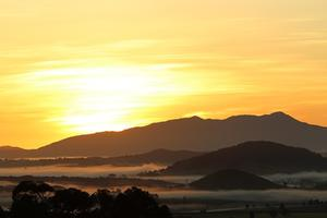 Sunrise over Mt Bartle Frere - Southern Tablelands